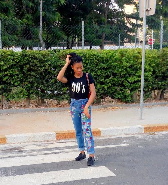 Jean mom & t-shirt les bons basiques (18)